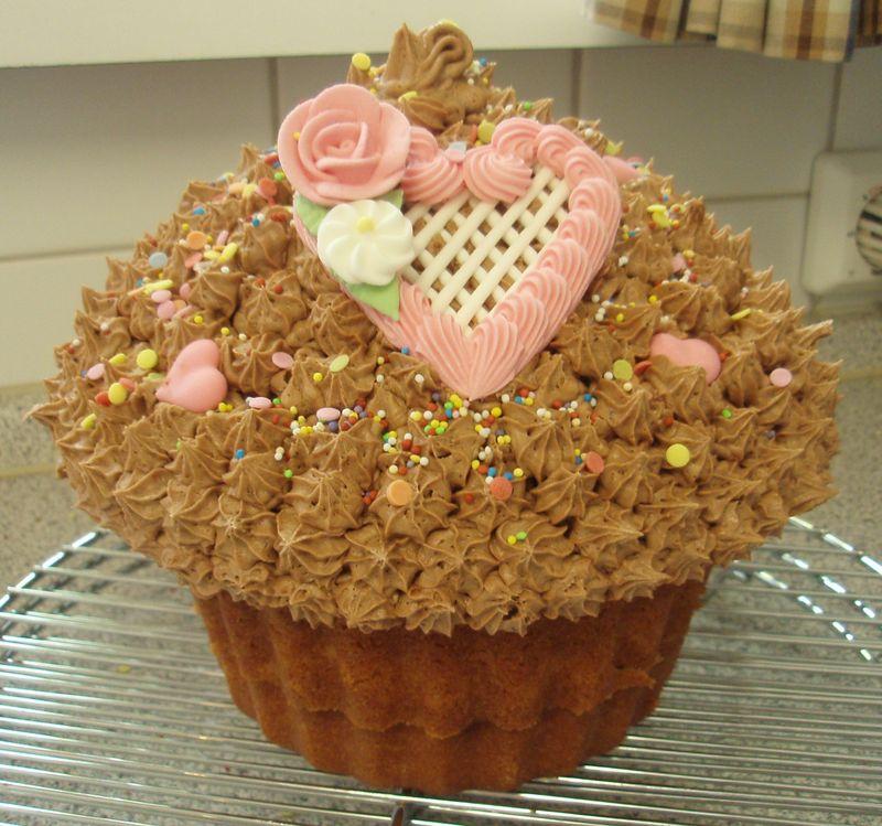 Giant Cupcake Oct 2011